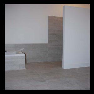 A Quimper, un carrelage de salle de bain