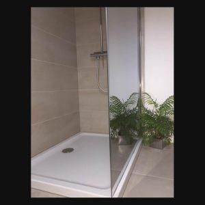 Une salle de bain à Quimper